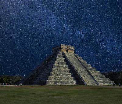 El Nacimiento de la Raza Humana según los Mayas